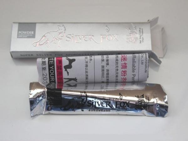 ''Silver Fox'' возбуждающий порошок для женщин, в одной упаковке 12 пакетиков по 5 мг - 2